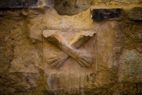 El sitio arqueológico de Kotosh custodia cerca de 17,000 piezas, entre fardos funerarios, momias, esqueletos, cráneos y partes de esqueletos.