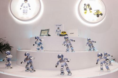 Robots bailarines