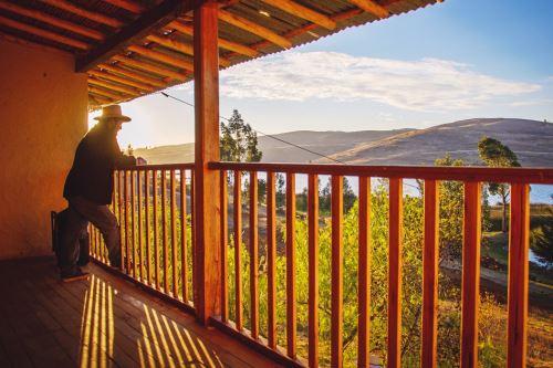 Familias de la comunidad de San Nicólas ofrecen servicios turísticos.