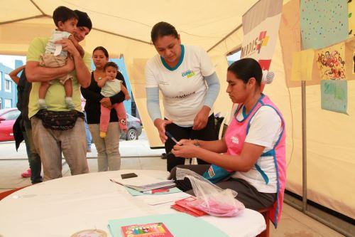 Cuna Más amplía tiempo de atención a niños venezolanos migrantes en Cebaf Tumbes.
