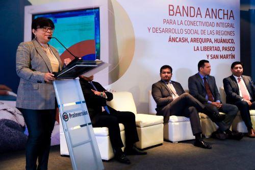 Viceministra de Comunicaciones del MTC, Virginia Nakagawa, destacó proyectos regionales de banda ancha.