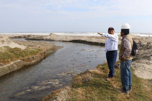 Inician trabajos de prevención en drenes de Lambayeque.