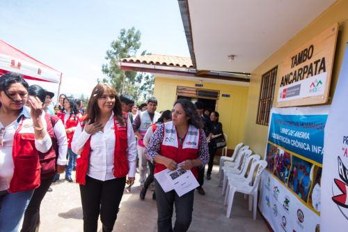 La ministra Liliana La Rosa visitó el tambo Ancarpata del Programa Nacional PAIS, ubicado en el distrito Huamanguilla, región Ayacucho.