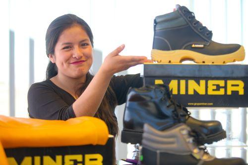 El CITEccal Arequipa desarrolla servicios de innovación tecnológica en cuero y calzado.