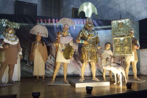 Arequipeños acuden a conocer la muestra itinerante del Señor de Sipán.