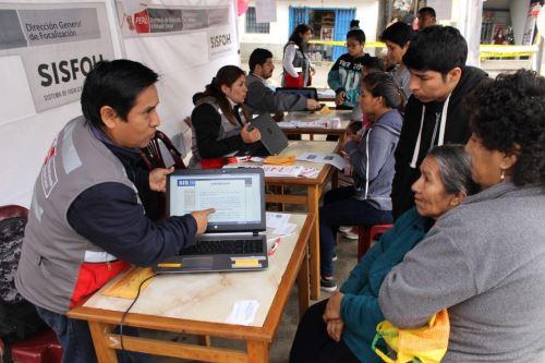 Programas sociales realizan un trabajo prioritario en zonas de pobreza y pobreza extrema.