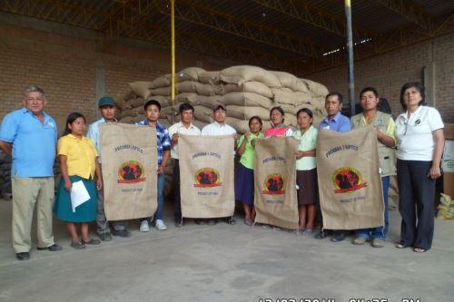 Café Femenino se exporta con la certificación de orgánica y comercio justo.