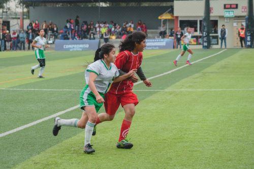Su equipo, que representa al colegio Manuel Scorza de la región San Martín, se coronó campeón del torneo.