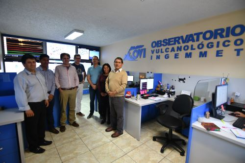 Investigadores franceses visitaron las instalaciones del Observatorio Vulcanológico del Ingemmet (OVI) de la ciudad de Arequipa.