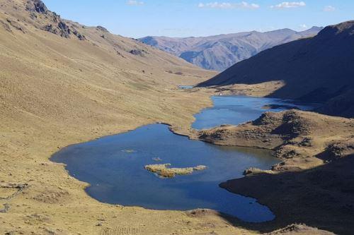 Obras buscan aumentar las reservas de agua para fines agrícolas en zonas andinas.