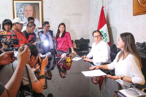 En el Comité de Gestión e Información estarán representados el Gobierno Nacional y el Gobierno Regional de Arequipa.