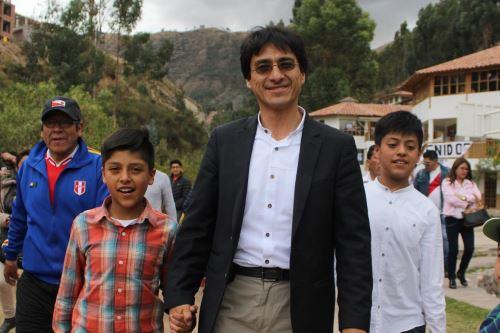 Jean Paul Benavente de Acción Popular ocupa el primer lugar en las elecciones regionales en Cusco.