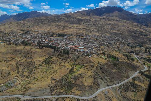 Más de 139,000 habitantes de las regiones Lima, Pasco y Huánuco se beneficiarán con esta carretera.