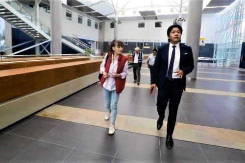 La ministra de Salud, Silvia Pessah, supervisó las instalaciones del nuevo Hospital Regional de Moquegua.