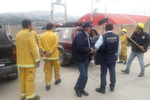 Personal del COER se movilizó hacia el distrito de Jangas, provincia de Huaraz, donde esta tarde se reportó un incendio forestal.