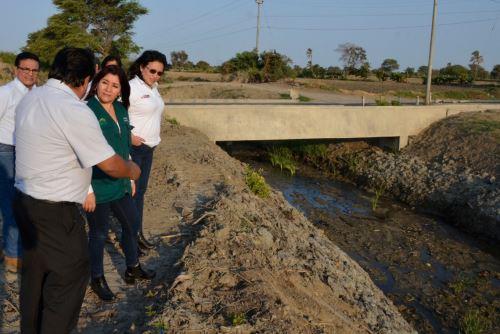 Minagri ejecuta labores de descolmatación de ríos, canales y drenes en las seis provincias de Piura.