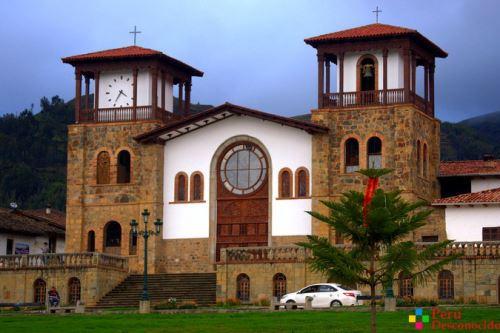 La iglesia de Chacas, en Áncash, donde el padre Ugo de Censi concentró su trabajo de ayuda a los pobres.