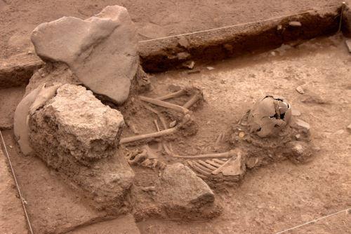 Los restos humanos fueron hallados en la zona arqueológica de Marcavalle, en Cusco.