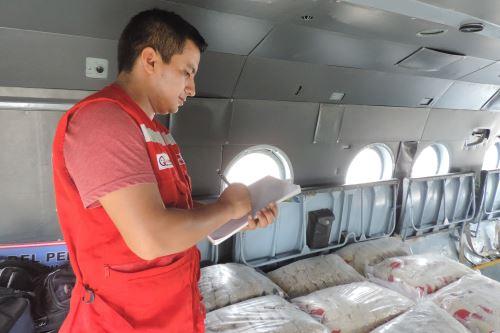 Trasladan dotación de alimentos para brindar servicio alimentario a menores de El Cenepa e Imazas, región Amazonas.