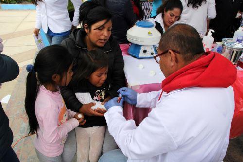 Se organizó una campaña de salud en Cabana donde se realizó un tamizaje de anemia.