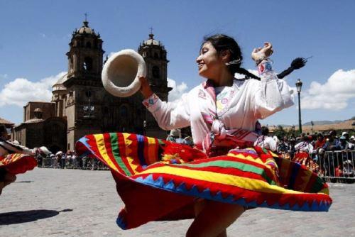 En Cusco se anunciará la Agenda del Bicentenario de la Independencia a ritmo de danzas típicas y pasacalle.
