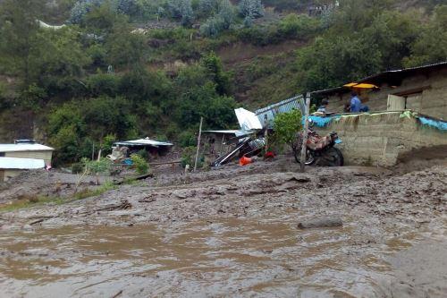 El servicio de agua ha colapsado en Challabamba a causa del huaico.