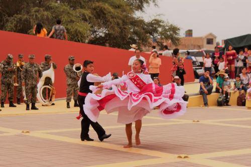 Con un ambiente festivo se celebró el aniversario 16 de la creación del Museo Tumbas Reales de Sipán.