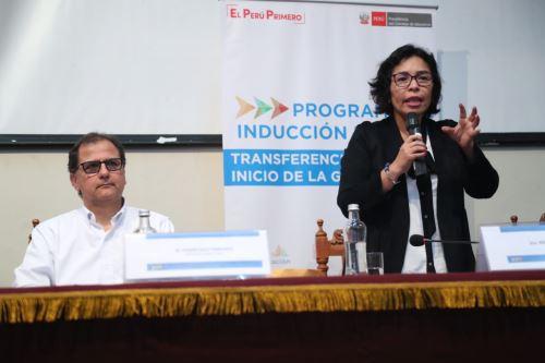 Ministra de Cultura participó en inauguración de taller de inducción dirigida a autoridades electas de Arequipa.
