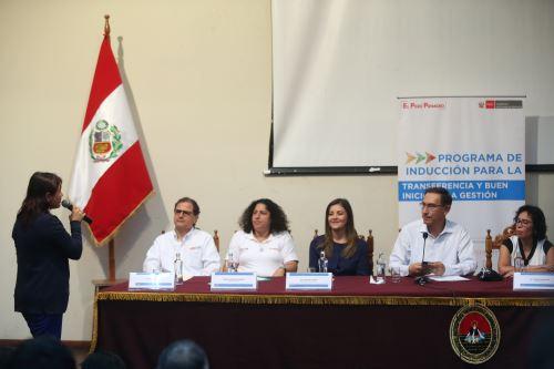 Ministra Patricia Balbuena invocó participación de la población en próximo referéndum.