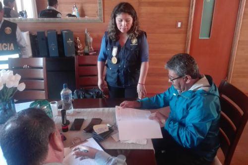 El alcalde de Tacna, Jorge Infantas, es investigado por sus presuntos vínculos con organización criminal.