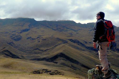 Falla geológica activa Pachatusan, estudiada por el proyecto científico Cusco-Pata.