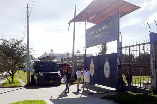 Los restos de Manuel Vigo y su esposa fueron retirados este mediodía de la morgue de Cajamarca.