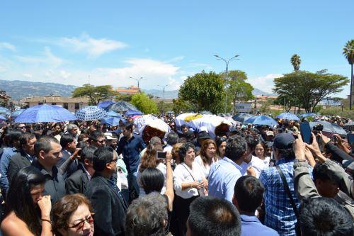 Multitud acompañó hasta su última morada a alcalde electo de Asunción, Manuel Vigo.