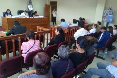 Los jueces José Luis Cáceres Haro, Liz Muñoz Beteta y Edith Arroyo Amoroto dictaron sentencia contra implicados en crimen del alcalde de Samanco, Francisco Ariza, y su asesor.