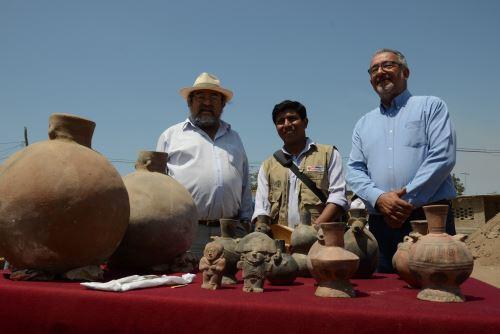 El arqueólogo Walter Alva participó en presentación de hallazgos en el complejo arqueológico El Chorro, ubicado en el distrito chiclayano de Pomalca.