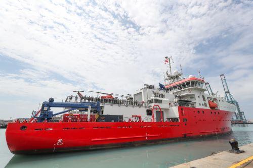 Expedición científica Antar XXVI viaja con rumbo a la Antártida a bordo del BAP Carrasco.