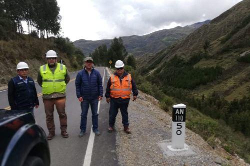 Asfaltado de eje vial en Los Conchucos fue posible gracias a la modalidad de Obra por Impuestos con la empresa Antamina.