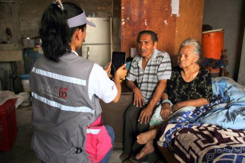 El programa Pensión 65 tiene usuarios en los 20 distritos más pobres del país, según el INEI.