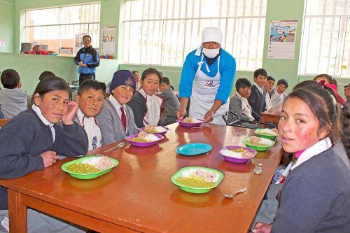 Midis trabaja en mejora del servicio alimentario brindado a escolares por medio del programa Qali Warma.