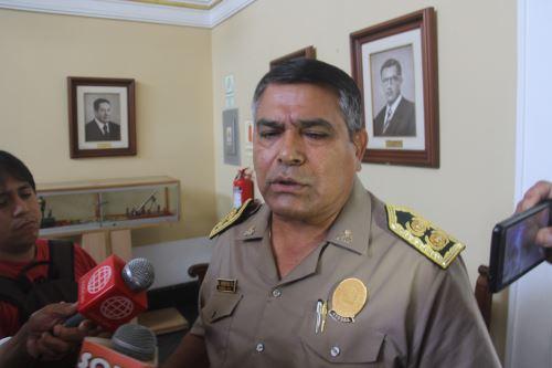 El general PNP Ricardo Verona Rubio asumió hoy sus funciones como nuevo jefe de la Tercera Región Policial La Libertad.