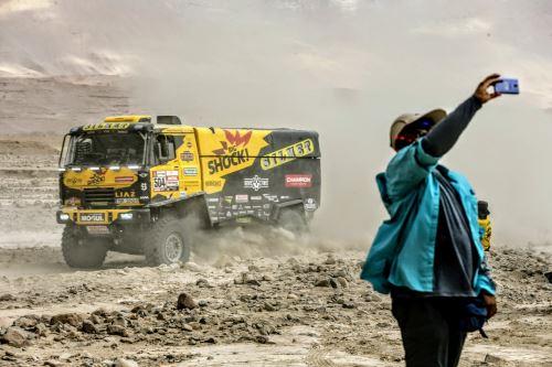 Piloto ruso excluido del Dakar