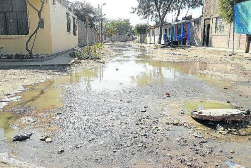 Urge mejorar el servicio de agua potable y alcantarillado en la ciudad de Nasca.