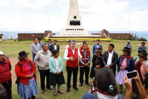Ministro Rogers Valencia afirma que se impulsará el Parque Cultural Bicentenario en Ayacucho.