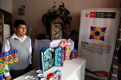 El retablo y otras artesanías de Ayacucho destacan por su originalidad y belleza.