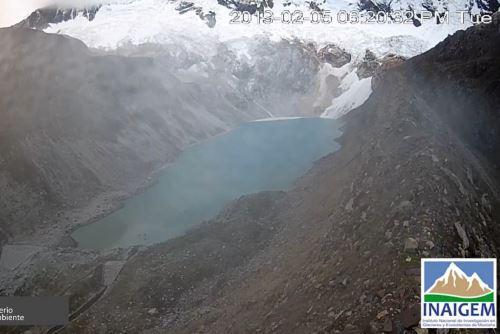El COER Áncash descartó desborde de la laguna de Palcacocha por desprendimiento y caída de un bloque de hielo del nevado Pucaranra.