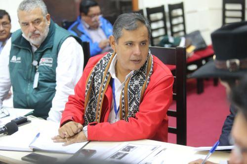 El ministro Mostajo anunció que se instalarán 8,990 hectáreas pastos cultivados en la región Cusco.