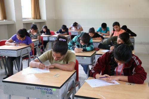 Más de 6,000 estudiantes concursaron en la segunda etapa del examen de admisión a los COAR.
