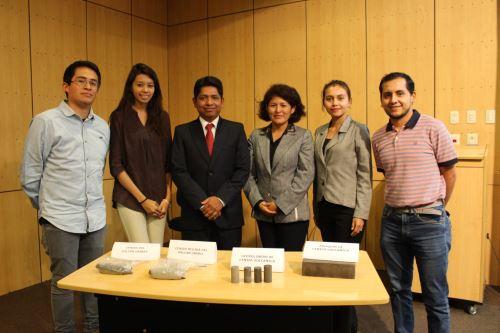 Este es el equipo de investigadores de la Universidad Católica San Pablo (UCSP) de Arequipa que lograron fabricar adoquines con ceniza volcánica.
