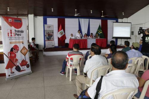 Ministra de Trabajo, Sylvia Cáceres, se reunió con autoridades de Loreto.