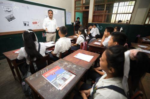 Como parte de La Caravana de la Justicia se ofreció una capacitación sobre derechos humanos para escolares de secundaria del colegio San Fernando.
